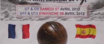 Equipos de futbol de Santa María de Cayón compiten en el Torneo Internacional de Pâques en Gujan-Mestas