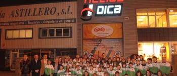 Las campeonas de España en categoría de 35 años reciben el homenaje de las autoridades y de sus compañeros de las Escuelas Municipales