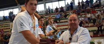 Adrián Vélez, de la Escuela Municipal de Bolos, se proclamó subcampeón en el Campeonato de de España de Bolos Infantil.
