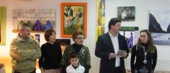 El Ayuntamiento de Santa María de Cayón inauguró el pasado viernes la exposición 'ArteSalud 2010'con la presencia del alcalde del municipio Gastón Gómez