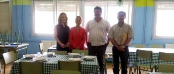 Incorporación de los niños beneficiarios de las becas, al servicio de comedor infantil de verano de Santa María de Cayón