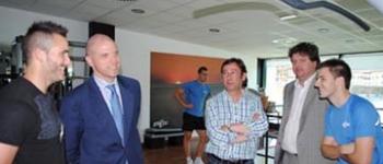 """El director general de Deportes, Javier Soler visita las instalaciones deportivas del Complejo""""Fernando Astobiza"""""""