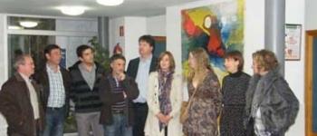 Una explosión de color: La Concejalía de Cultura organiza una nueva exposición de Artesalud con Noemí Ruíz Carral