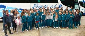 Los niños de las Escuelas municipales de futbol acuden a un Torneo Internacional en Gujan-Mestras