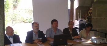 Inicio de los III Encuentros Literarios en Esles de Cayón.